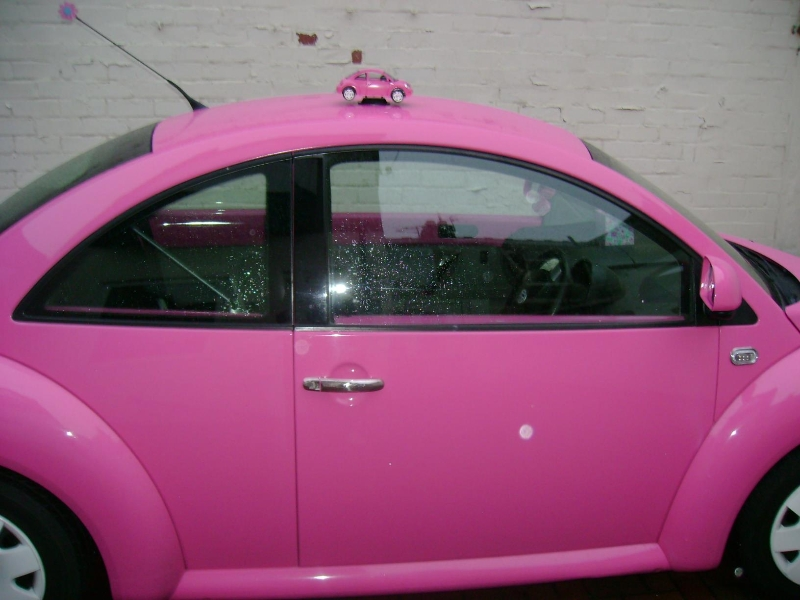 Volkswagen Beetle With Eyelashes >> Pink Beetle Car With Eyelashes