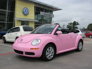 head to head pink to pink mini cooper vs vw beetle pink cars. Black Bedroom Furniture Sets. Home Design Ideas
